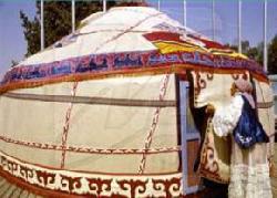 В Казахстане туристам предложат селиться в юртах