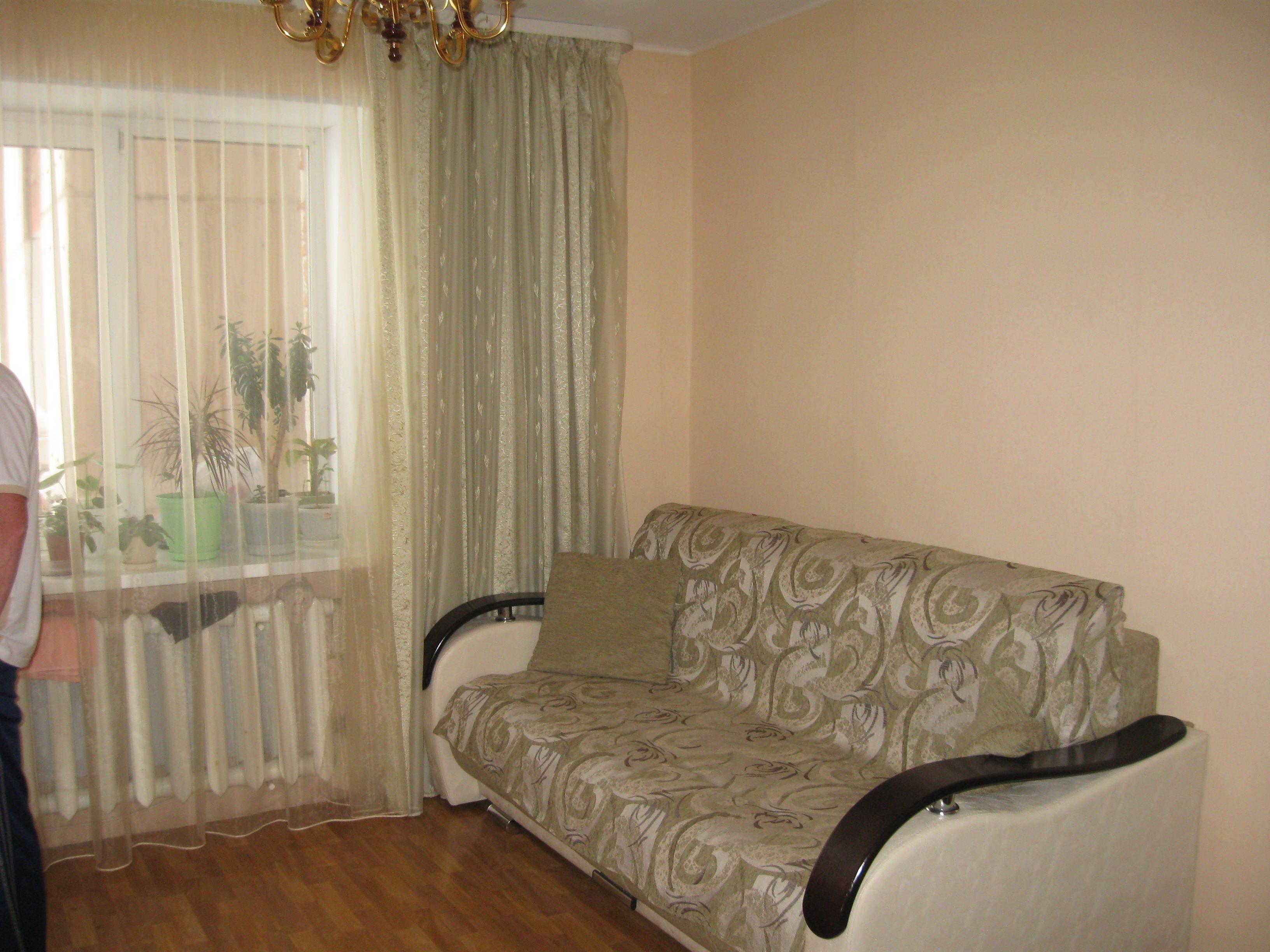 продам квартиру-студию в З.Роще с хорошим ремонтом