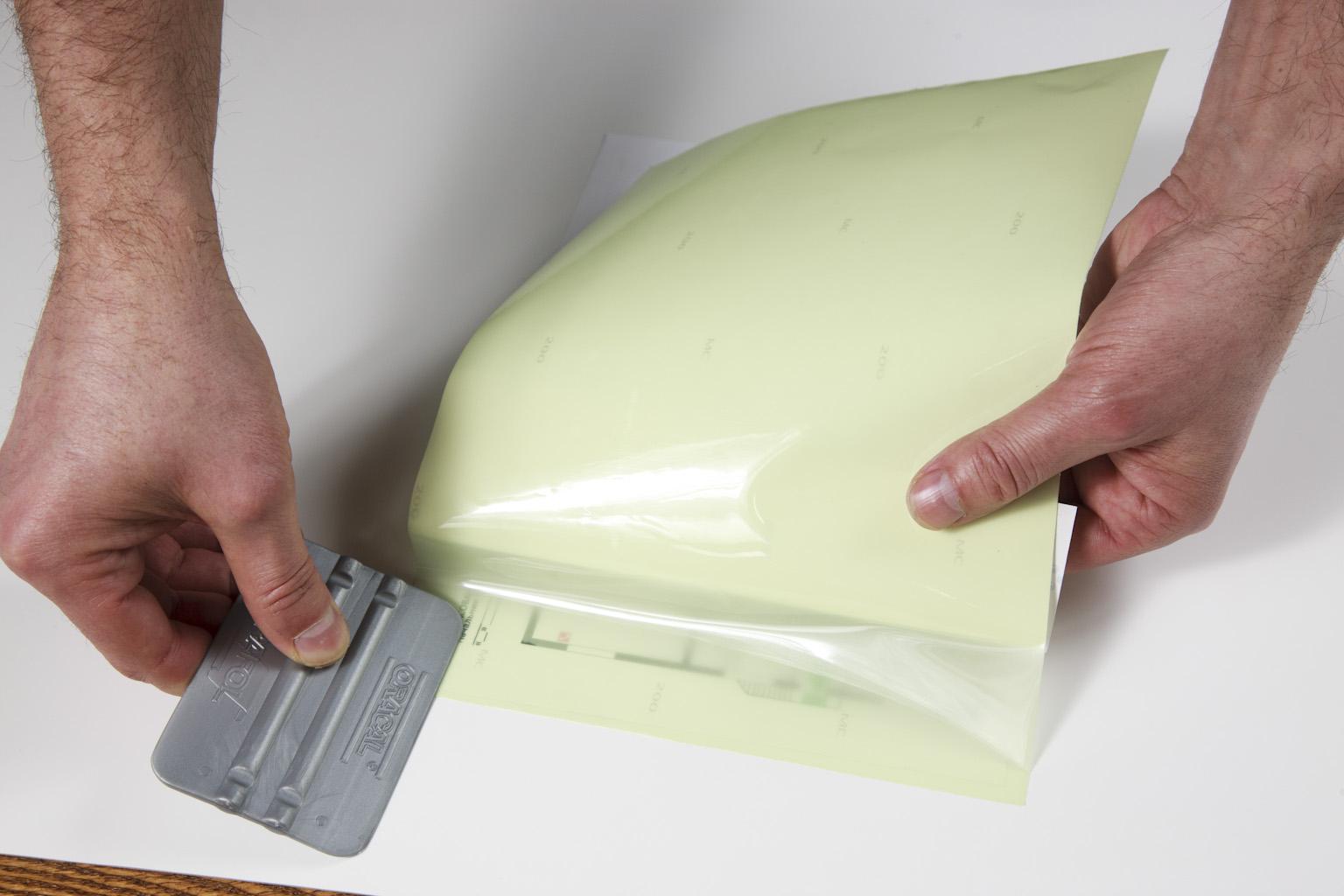 Фотолюминесцентная прозрачная пленка «Фотолюм 200П».
