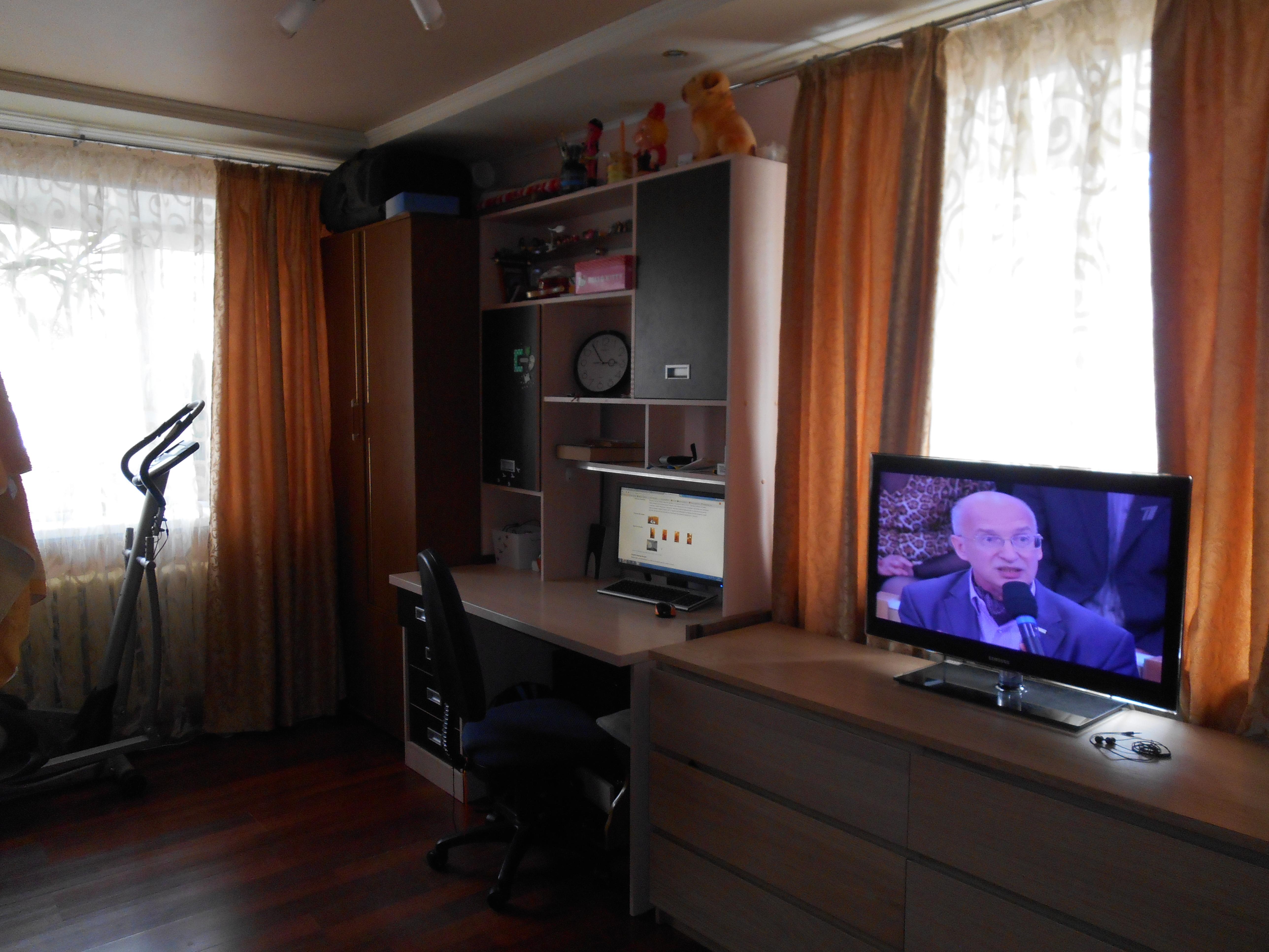 Продается 1-комнатная квартира на 1/5 кирпичного дома