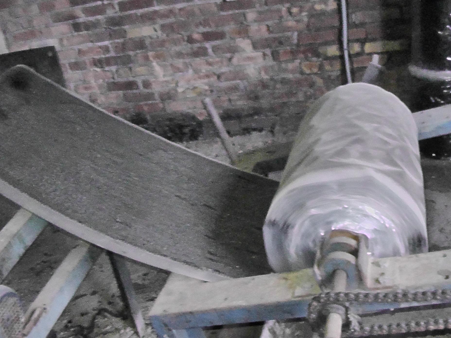 Установка для производства трубоизоляционной ленты.