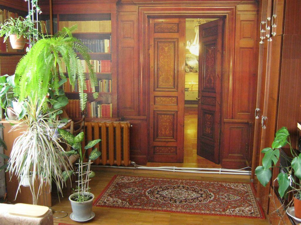 Продам 2-х комнатную квартиру в Феодосии.
