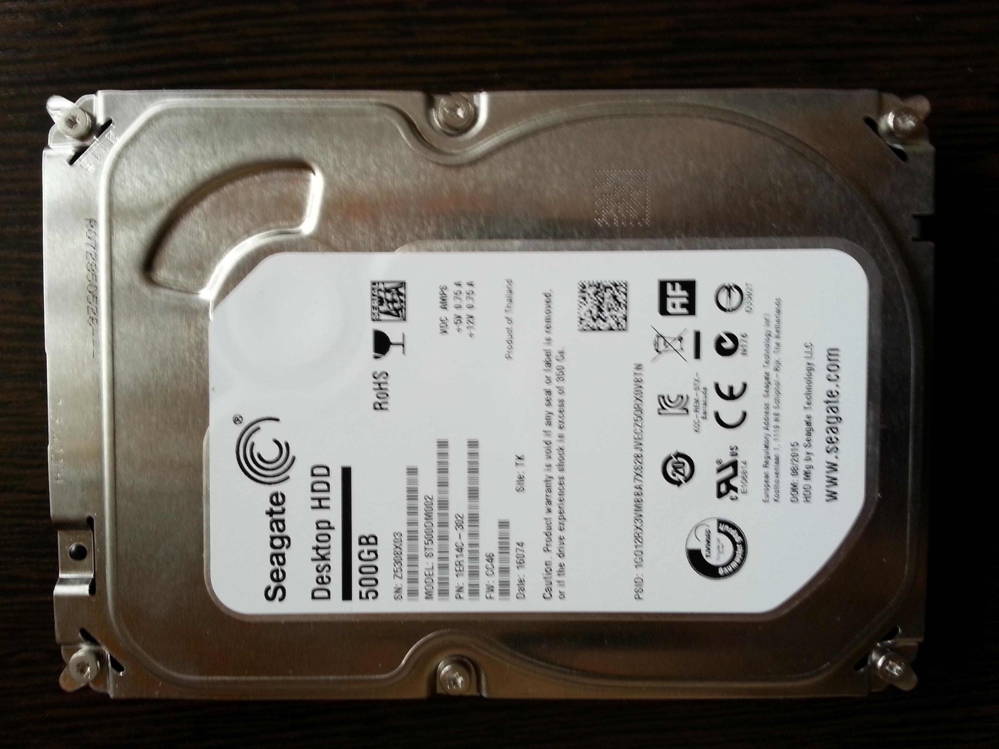 НОВЫЙ Seagate desktop HDD ST500DM002