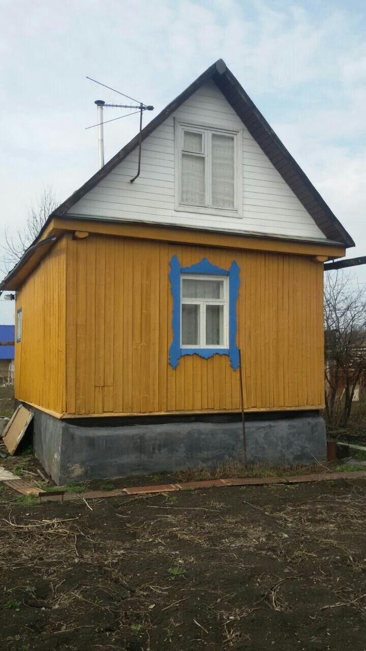 Продам земельный участок с домом и баней