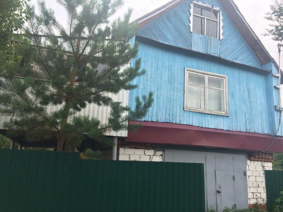 Продам дачу Дом 80 м² с баней, гаражом и погребом, скважиной на участке 3 сот., 15-19 км до города