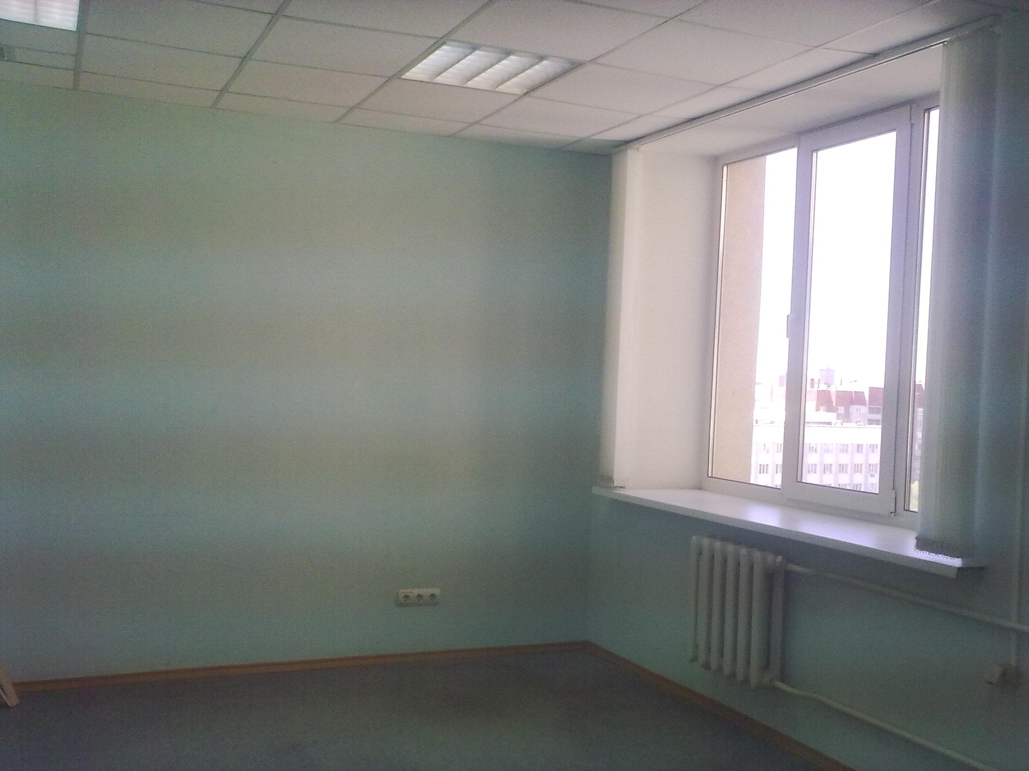 Офисное помещение в аренду пл.9 кв.м ул.Пархоменко 156/3