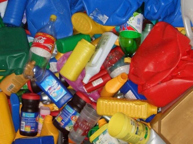 Дорого покупаем пластмасс бытовой и пластмассовые отходы производства в Уфе