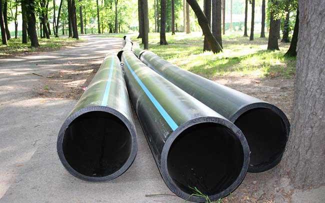 Трубы ПНД 12 и 13м целые и лежалые, отходы труб ПНД