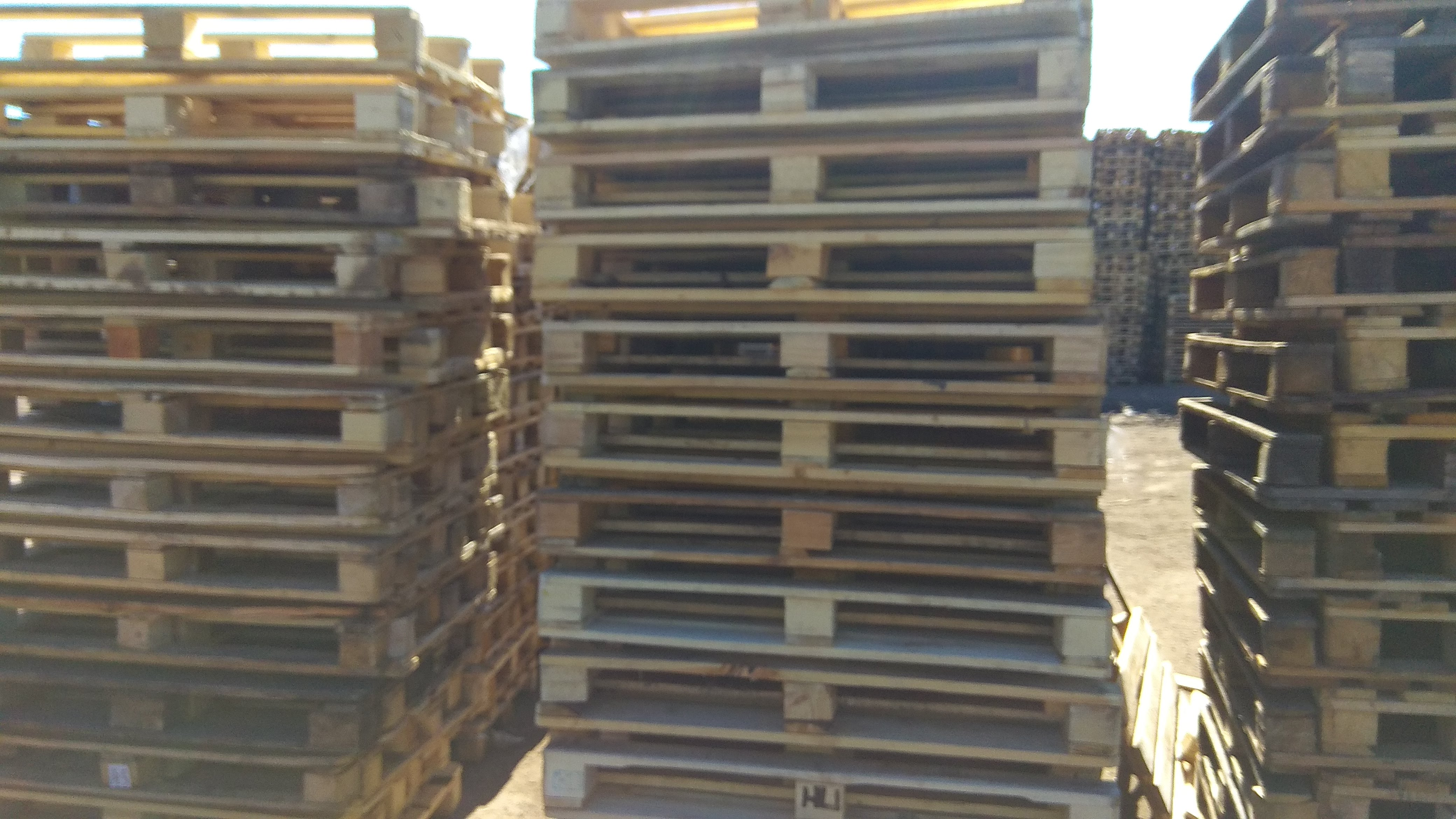 Куплю бу деревянные поддоны