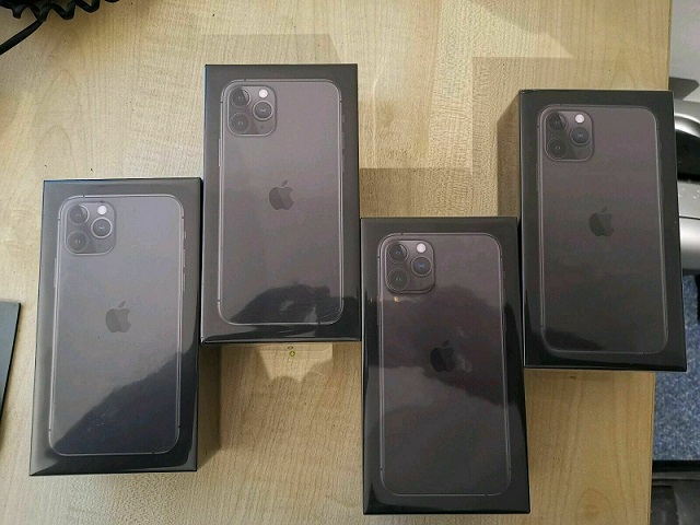 New Sealed Apple iPhone 11 Pro Max 512GB  - WORLDWIDE UNLOCKED - Various Colors/GB