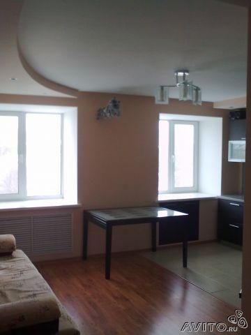 Продам 3-х комнатную квартиру на ул. Революционной