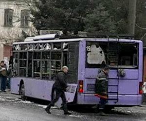 Взрывы в Донецке - 13 погибших, около двадцати раненых.
