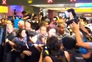 Побоище в бразильском метро.