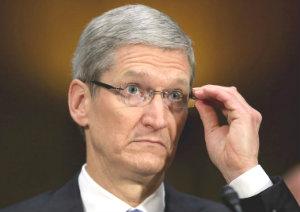 Глава Apple решил стать почетным благотворителем