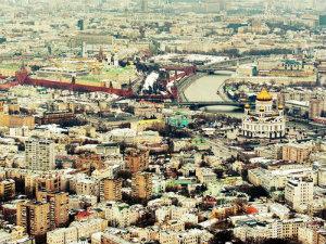 Ураганный ветер потрепал российские регионы