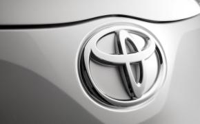 Toyota вновь вышла на первое место в мире по объемам продаж