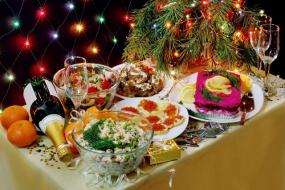 Среднестатистический новогодний стол обойдется жителям Башкирии в 4800 рублей