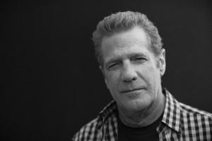 В Нью-Йорке скончался основатель группы Eagles, гитарист Гленн Фрай.