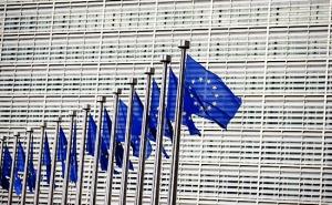 ЕС пообещал принципиально не менять отношения с Россией