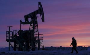 В преддверии саммита ОПЕК  цены на нефть снизились почти на 4%