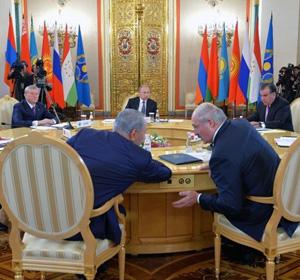 В Кремле работает саммит ОДКБ